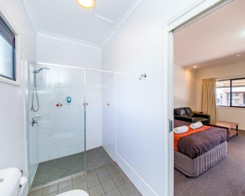 executive-room-accommodation-kingaroy-1