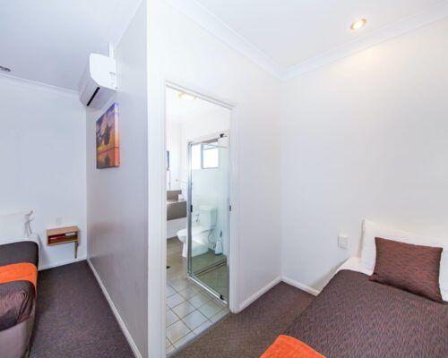 family-apartment-kingaroy-motel-1