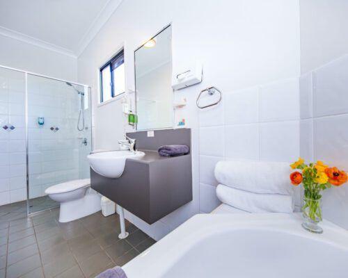 spa-room-kingaroy-hotel-4